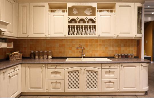 如何从橱柜的材质挑选一款优质耐用的橱柜